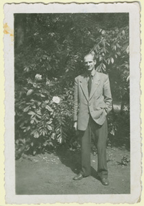 Raffy in the garden 1954